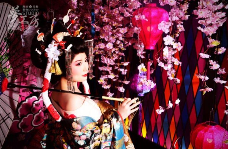 子供からお年寄りまで楽しめる京都の花魁体験「夢工房」
